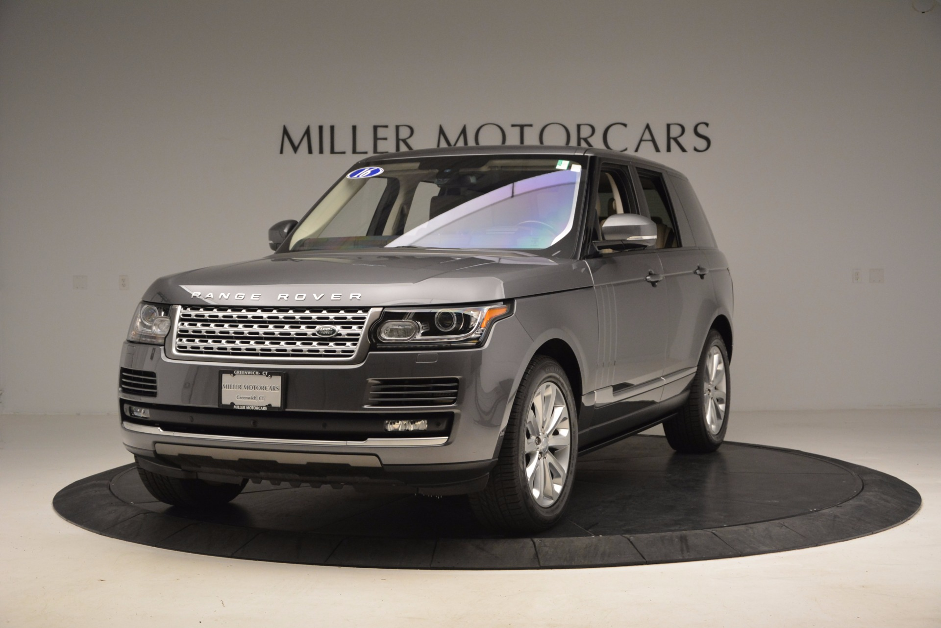 Used 2016 Land Rover Range Rover HSE TD6 for sale Sold at Bentley Greenwich in Greenwich CT 06830 1